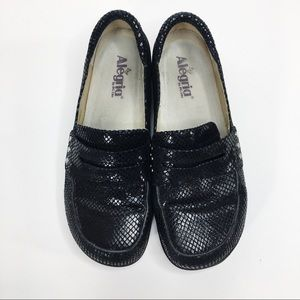 Alegria Tay-721 Taylor Loafers Black Snakeskin